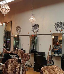 Eyebrow salon